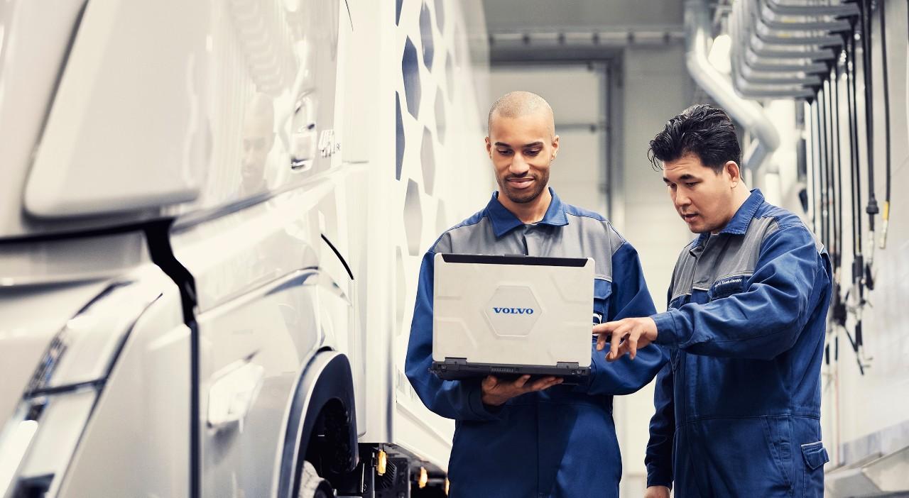 Aito Volvo Huolto ‑palvelut, joissa käytetään Aitoja Volvo Varaosia